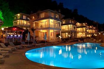 Pine Hill Marmaris Villa Resort Hotel Villalar�nda 5 Ki�iye Kadar Gecelik Konaklama 399 TL