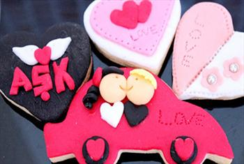 Mecidiyek�y At�lye Ful'den Cupcake, kurabiye, profiterol,�eker hamurlu pasta yap�m kursu, �ocuklara �zel �ikolata yap�m� kursu 49 TL'den ba�layan...