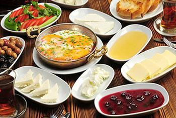 Bak�rk�y Sorso Caffe'de SINIRSIZ �ay E�li�inde Enfes Serpme Kahvalt� Ziyafeti 26,50 TL Yerine 12,50 TL!