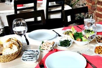 Kumkap� Tiryakii Restaurant'ta Ehl-i Keyif Men�s� 49 TL'den Ba�layan Fiyatlarla