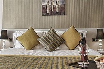 Koza Suites Hotel'de Hafta Sonu 2 Ki�i 1 Gece Konaklama ve A��k B�fe Kahvalt� 149 TL
