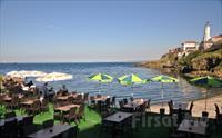 Rumeli Feneri Yalçınkaya Restaurant'ta Denize Karşı Sınırsız Çay Eşliğinde Serpme Köy Kahvaltısı Keyfi 45 TL Yerine Sadece 30 TL!
