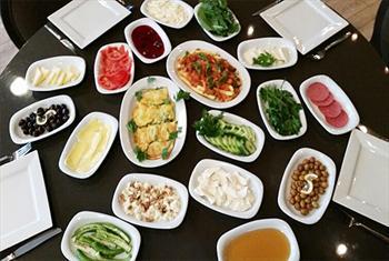 Beylikd�z� Kanat�� A�a Cafe Restaurant'ta SINIRSIZ �ay e�li�inde enfes serpme kahvalt� keyfi 26 TL yerine 14,90 TL! 2 Ki�i 24,90 TL!