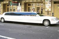 Timak Rent A Car'da 2 Saatlik Limuzin Kullan�m� ve �kramlar 499 TL