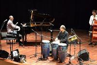 Ayhan Sicimo�lu & Kerem G�rsev Konseri 1 Ekim'de Bostanl� Suat Ta�er A��khava Tiyatrosu'nda, Biletiniz 40 TL