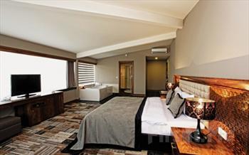 Bursa Tiara Termal Spa Hotel'de Deluxe veya Superior Konaklama + Kahvalt� + Termal Havuz + SPA ve Ak�am Yeme�i Se�ene�i ile 84.50 TL'den Ba�layan...