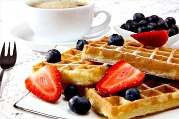 Haylass Bistro&Club'da Bel�ika Usul� Meyveli Waffle ve Kahve 7,90 TL