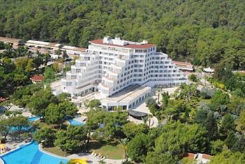 Kemer Royal Palm Resort Hotel'de Ultra Her�ey Dahil 1 Ki�i 1 Gece Konaklama 149 TL Yerine 86 TL! (Minimum 3 Gece Konaklamalarda)
