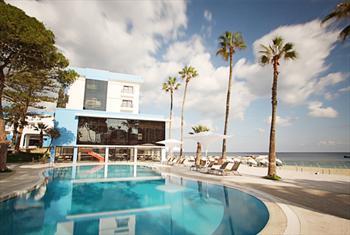 K�br�s Ark�n Palm Beach Hotel'de 3 G�n Yar�m Pansiyon Konaklama ve Transferler dahil Ki�i Ba�� 379 TL!
