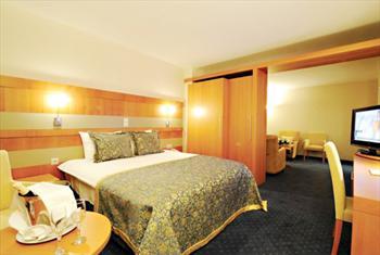 Bursa Bur�man Otel'de 2 Ki�i 1 Gece Oda Kahvalt� Konaklama Keyfi 249 TL yerine 139 TL!