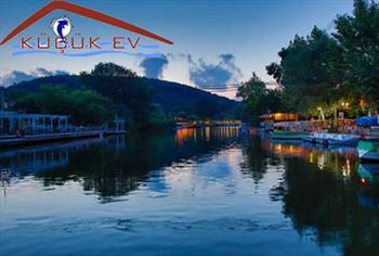 Nehrin K�y�s�nda S�cak Samimi Butik Otel A�va K���k Ev'de �ift Ki�i Konaklama Hafta ��i ve Hafta Sonu Se�enekleriyle 149 TL'den Ba�layan Fiyatlarla!