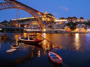Celo Tur'dan Paskalya D�nemi Porto-Lizbon Turu THY'ile 4 G�n ula��m, konaklama, rehberlik dahil 2700 TL Yerine 1.250 TL! EKSTRA �CRET YOK..