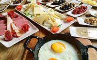 Beykoz Mavilla Hotel Restaurant'ta Y�resel Lezzetler E�li�inde Serpme Kahvalt� 35 TL Yerine 19.90 TL!