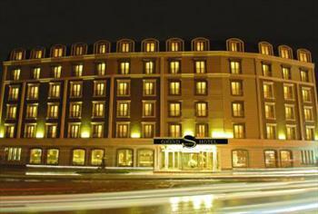 Unutulmaz Bir Gece ��in, Grand S Hotel`de 2 Ki�i 1 Gece Konaklama, A��k B�fe Kahvalt�, Kapal� Havuz, SPA Kullan�m� ve �kramlar 270 TL Yerine 149 TL!