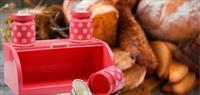 Her Eve Lazim: Baharatlikli Ekmek Dolabi!