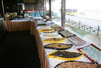 �sk�dar Sultan�m Cafe'den Muhte�em K�z Kulesi Manzaras�na Kar�� Cumartesi A��k B�fe, Pazar G�n� Brunch Keyfi 55 TL Yerine 23,90 TL'den Ba�layan...