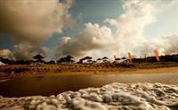 A�va'n�n Tertemiz Kumsal� Mad Sea Beach'de, Plaj Giri�i + �ezlong + �emsiye F�rsat� 20 TL'den Ba�layan Fiyatlarla!