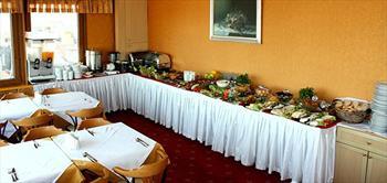 Tarihi Sidonya Hotel Teras Restaurant'ta Bo�aza Kar�i A�ik B�fe Kahvalti!