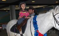 Yeni Yaşınızı At Üstünde Özgürce Kutlayın! Sarıyer Atlıtur'dan 2 Kişilik Doğum Günü Kutlaması + Etkinlikler + Lonj Sahasında At Binme + İkramlar...