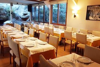 Bostanc� Efsane Restaurant'ta Enfes Lezzetlerle Dolu ve Canl� Fas�l E�li�inde Alkoll� Yemek Men�s� 110 TL Yerine 65 TL!