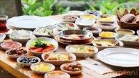 Koru İstanbul Kuruçeşme'de Boğaz'a Nazır Serpme Kahvaltı!