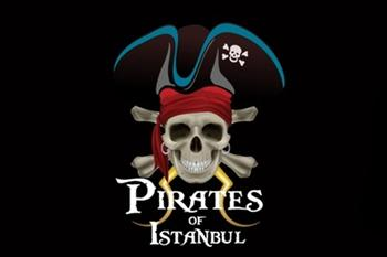 Pirates of �stanbul'a Giri� ve Hamburger Men� 20 TL