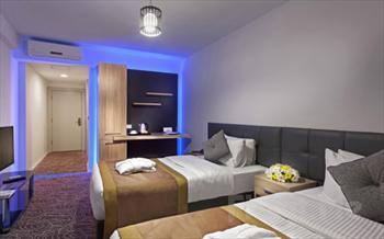 Evinizdeki Rahatl��� Beylikd�z� Manesol Hotels Aparts'da Hissedin! 2 Ki�i 1 Gece Konaklama Keyfi 129 TL Yerine Sadece 85 TL!