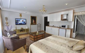 Beyo�lu Kazanc� Residence'da Jakuzili St�dyo Odalarda 2 Ki�i 1 Gece Konaklama ve Kahvalt� Keyfi Sadece 139 TL!