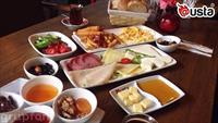 @usta Trump AVM'de Sınırsız Çay Eşliğinde Serpme Köy Kahvaltısı Keyfi!
