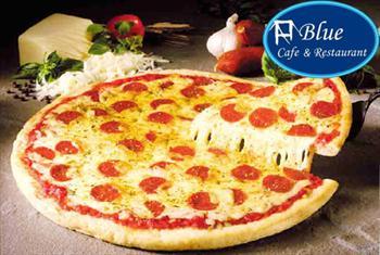 Bo�az Manzaral� �engelk�y Blue Cafe'de ister serpme kahvalt� keyfi, ister �talyan pizza men� 8,90 TL'den ba�layan fiyatlarla!(S�n�rl� Say�da)
