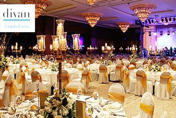 Divan Istanbul Asia'da Canl� M�zik, Gala Yeme�i, Oryantal, Dj M�zikleri ve S�rpriz �ekili�ler �le Y�lba�� Gala Gecesi 375 TL Yerine 199 TL!