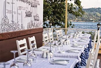 Ortak�y'de E�siz Bo�az Manzaras� E�li�inde Bodrum Restaurant'ta S�n�rs�z �ay E�li�inde Enfes Serpme Kahvalt� Keyfi 30 TL Yerine 17,50 TL!