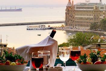 Tarihi Kad�k�y Sidonya Hotel Teras Restaurant'ta Bo�az Manzaras� E�li�inde Y�lba�� Men�s� 130 TL Yerine 59,90 TL!