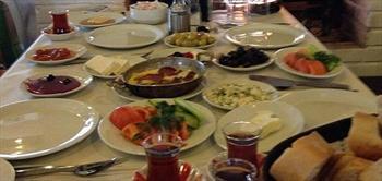�i�eklik�y Papatya Restaurant'ta Do�a ��inde Serpme Kahvalti!