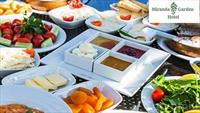 Polonezköy Miranda Garden Hotel'de Doğa ile İç içe Kahvaltı Keyfi Yaşayın!