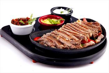 Yenik�y Ferdilli Gourmet Slow Food'ta Denize S�f�r Bo�az Manzaras� E�li�inde Fajita Men� 54 TL Yerine 19,90 TL!