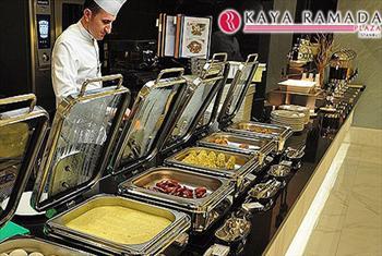 B�y�k�ekmece Kaya Ramada Plaza'da A��k B�fe Ge� Kahvalt� ve Ak�am Yeme�i Men�s� 27,50 TL'den Ba�layan Fiyatlarla!
