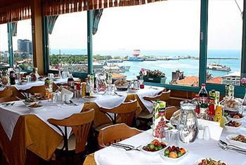 Tarihi Kad�k�y Sidonya Hotel Teras Restaurant'ta Bo�az Manzaras� E�li�inde Zengin A��k B�fe Kahvalt� Keyfi 35 TL Yerine 19,90 TL!