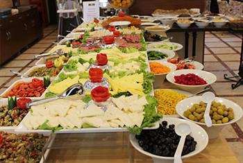 Kocamustafapa�a �ncir A�ac� Cafe & Restaurant'da A��k B�fe Kahvalt� Keyfi 22 TL Yerine S�n�rl� Say�da 12,90 TL!