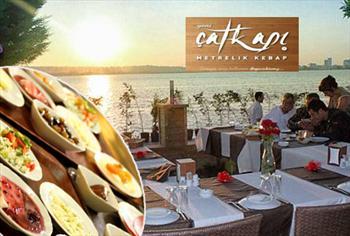 B�y�k�ekmece'de deniz kenar�nda SINIRSIZ �AY'la kahvalt�! �atkap� Restaurant'ta serpme kahvalt� men�s� 40 TL yerine 22,90 TL!