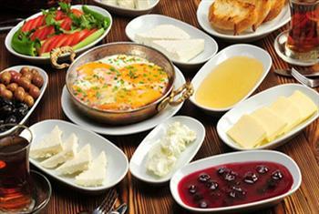 B�y�k�ekmece �skele Restaurant'tan S�n�rs�z �ay E�li�inde Serpme Kahvalt� Keyfi 25 TL Yerine 18 TL!