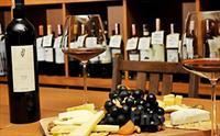 Deniz Manzaralı Sultanahmet Marbella Cafe Restaurant'ta 2 Kişilik Bira veya Şarap Menüleri 29.90 TL'den Başlayan Fiyatlarla!