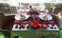 Anadolu Hisar�'nda A�k Ba�kad�r! My Moon Restaurant'ta Sevgililer G�n�ne �zel Canl� M�zik E�li�inde Ak�am Yeme�i Sadece 79.90 TL!
