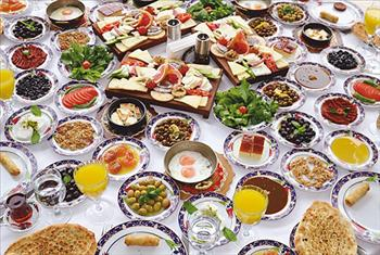 Ramazan Bing�l Et Lokantas� Bayrampa�a �ubesinde SINIRSIZ �ay ve Kahve E�li�inde T�rk Usul� Serpme Kahvalt� Keyfi Ki�i Ba�� 42,50 TL Yerine 29,90 TL!