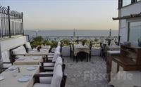 Deniz Manzaralı Sultanahmet Marbella Cafe Restaurant'ta Balık veya Izgara Menüleri 35 TL'den Başlayan Fiyatlarla!