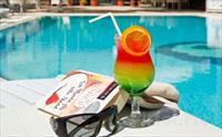 Volley Hotel �stanbul'da Havuz Keyfi, A��k B�fe Kahvalt� Se�ene�iyle 39 TL'den Ba�layan Fiyatlarla!