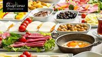 Boğazda Müzik Dinletileri ve Hababam Sınıfı Oyuncularının Gösterileri Eşliğinde Kahvaltı Keyfi!
