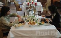 Bayramoğlu Paradise island Otel'de Leziz Akşam Yemeği Fırsatları 44 TL'den Başlayan Fiyatlarla