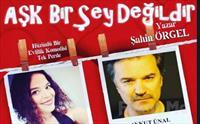 Ececan Gümeci ve Aykut Ünal'dan Tek Perdelik 'Aşk Bir Şey Değildir' Tiyatro Oyunu Bileti 65 TL yerine 25 TL