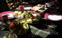 Büyükada Yörükali Garden'da Eşsiz Manzara Eşliğinde Serpme Kahvaltı Keyfi 40 TL Yerine Sadece 29.90 TL'den Başlayan Fiyatlarla